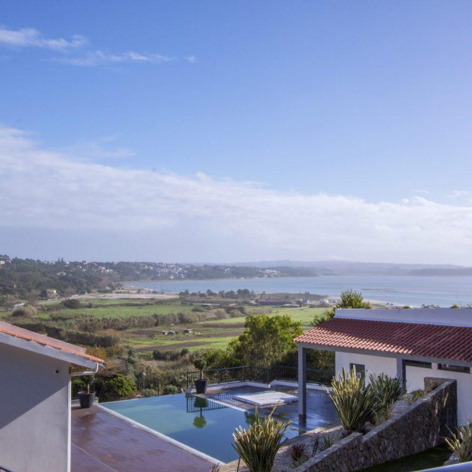 Deluxe Residence Hillside House - Suites & Spa